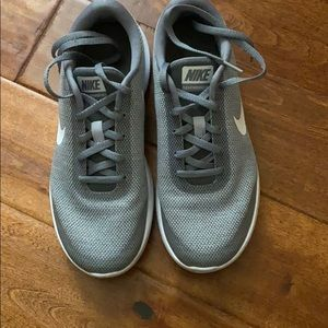 Nike Flex Tennis shoes